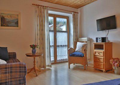wienertoni-wohnung02-wohnzimmer
