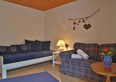 wienertoni-wohnung02-wohnzimmer2