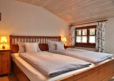 wienertoni-wohnung03-schlafzimmer